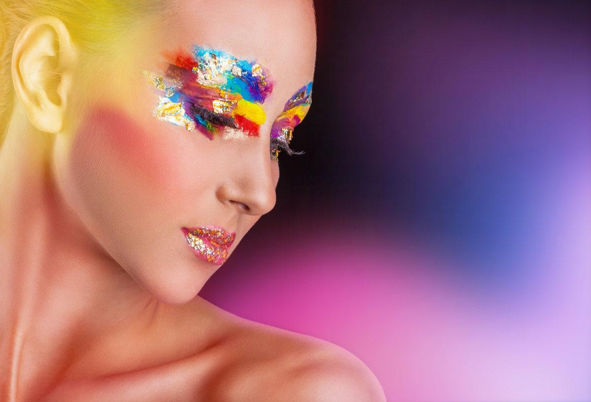 Kosmetik & Makeup Farbbotschaften